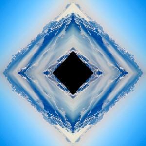 http://www.karielspace.net/files/gimgs/th-1_infinity_mirrors_3.jpg